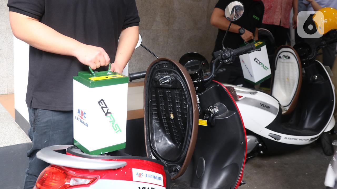 Kementerian ESDM Targetkan 10 Ribu Stasiun Penukaran Baterai Kendaraan Listrik pada 2025