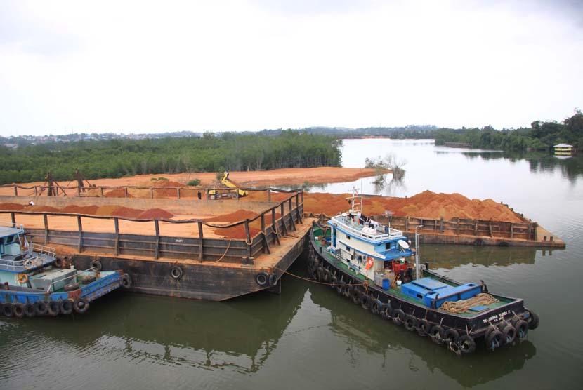 Bahaya Bisnis Geng Smelter Nikel di Molawe